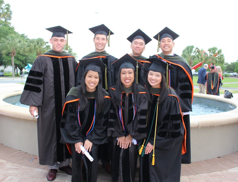 Cap And Gown Uf - Best Seller Dress and Gown Review