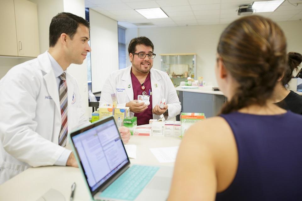Two UF pharmacy residency programs receive ASHP