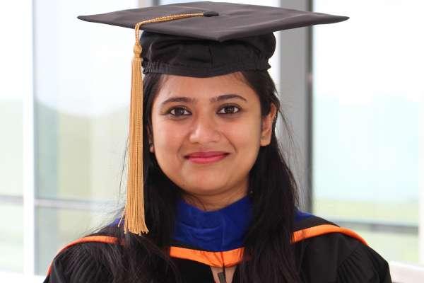 Tanaya Vaidya headshot
